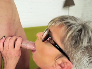 Horny granny Jessye in hot fuck action with stud Oliver
