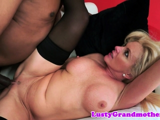 Faketit mature slut assfucked interracially