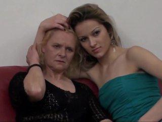 This movie makes me so lesbian grandma!! Kiss me