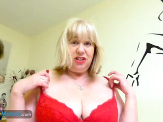 EuropeMaturE Older Trisha Solo Masturbation